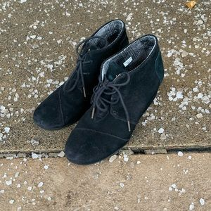 TOMS Black Suede Wedge Tie Shoes